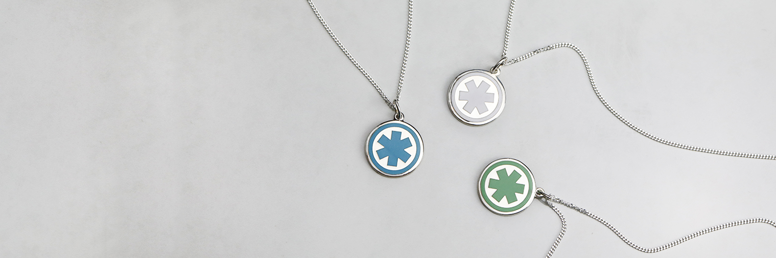 """<span style=""""color: #0c70af""""><strong> Stylish Pendants</span></strong></br><span style=""""color: #000000;"""">for Everyday Wear</span><br/>"""